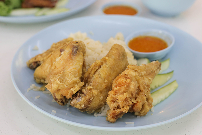Victor-Famous-Fried-Chicken-Wing-Rice