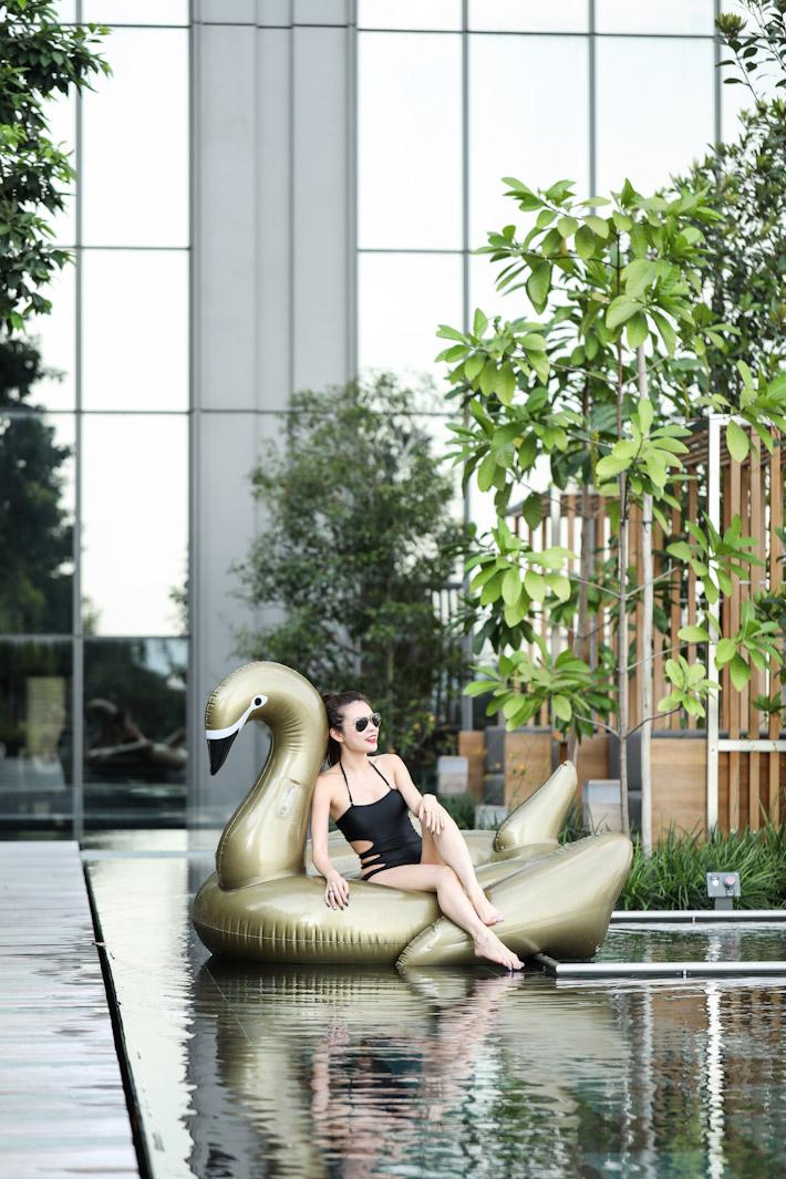 Oakwood Singapore Pool Float