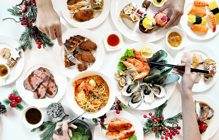 Royale Christmas Buffet Mercure Bugis