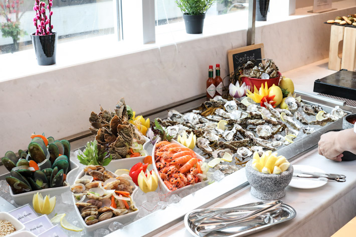 Royale Mercure Bugis Seafood on Ice