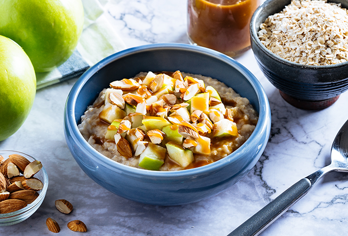 Quaker Salted Caramel Oats, Apples N_ Nuts - H