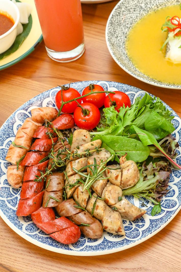 Ginger Sausage Platter