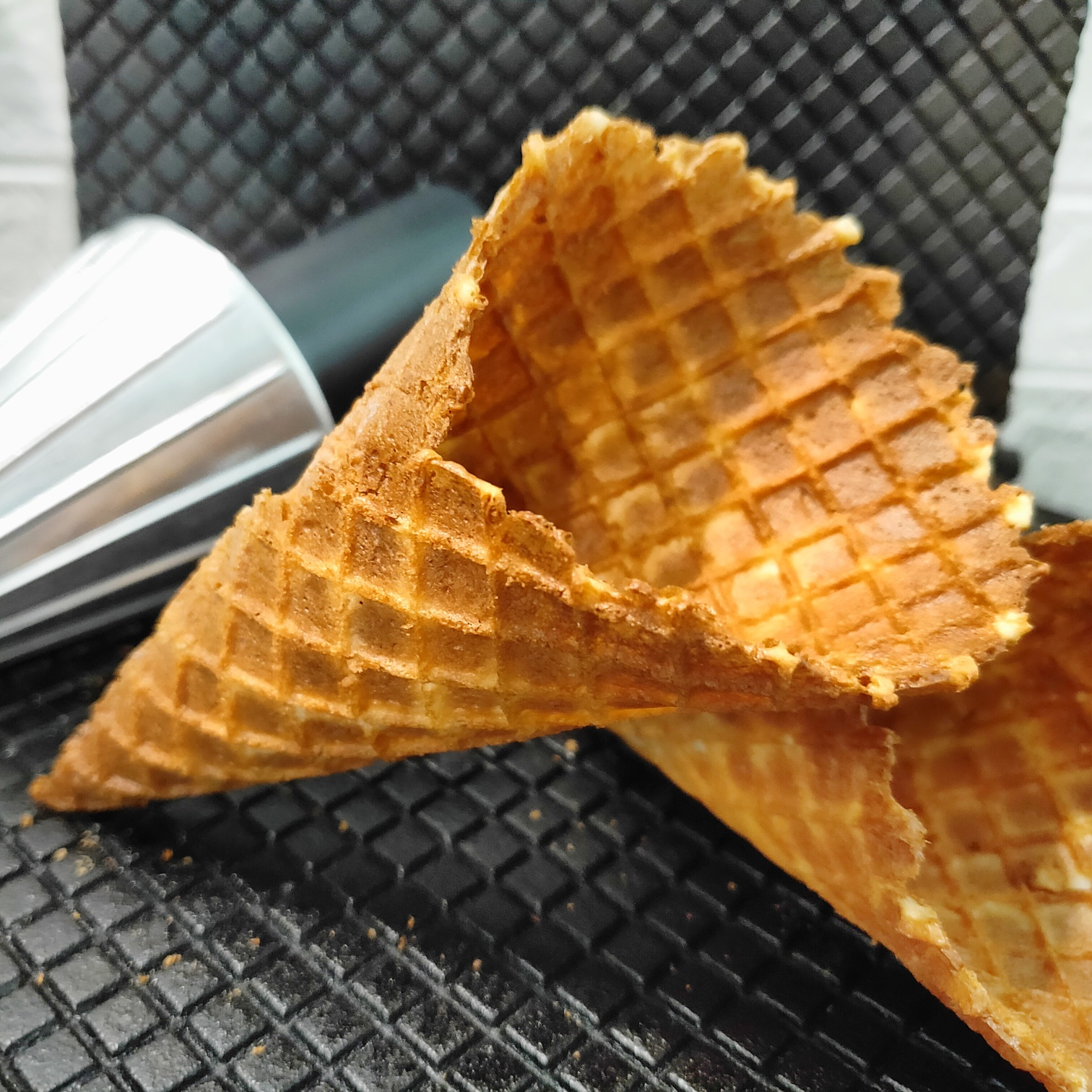 The Humble Scoop Loveletter Cone