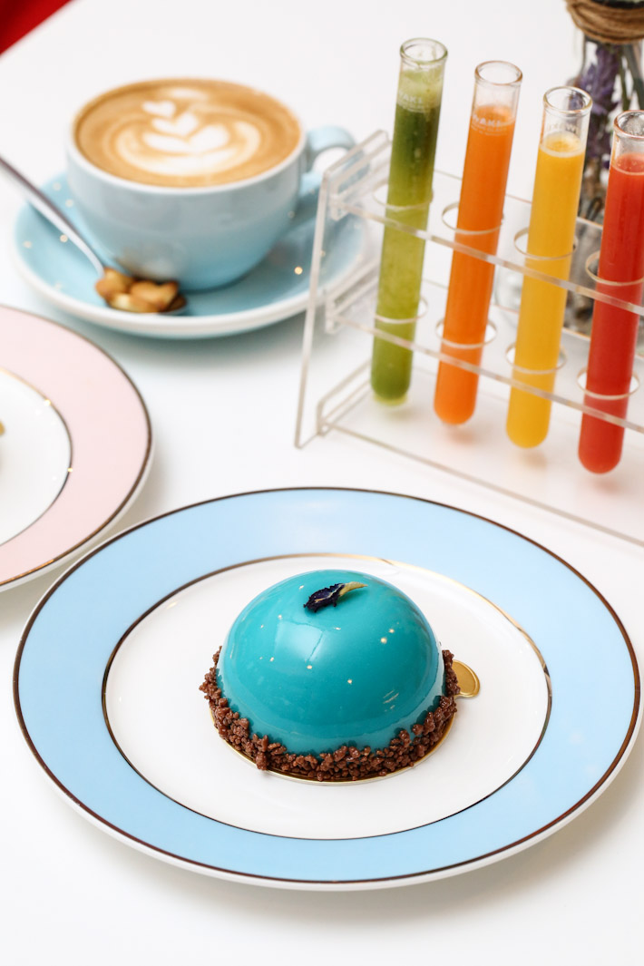 Fresh Fruits Lab Tea by Lupicia Infused Cake